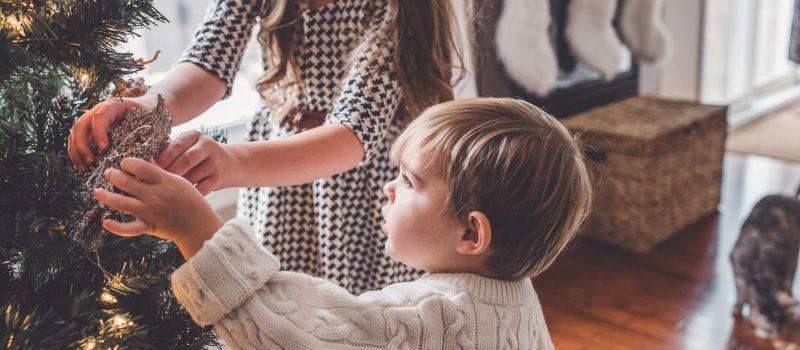 Natale a tavola, la guida per affrontarlo con i bambini