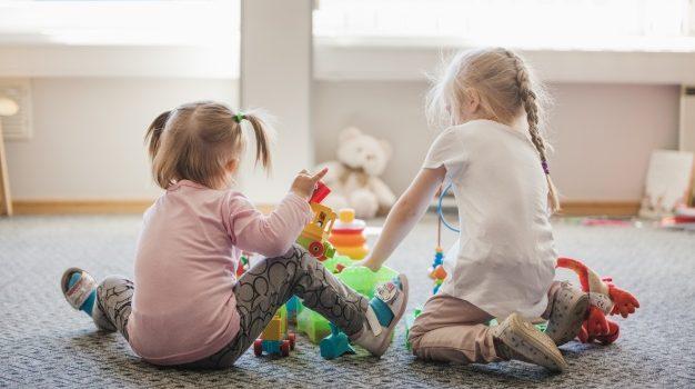Covid-19, cosa fare con i bambini in casa