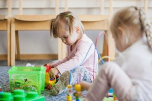 Malattie rare genetiche nei bambini: quali sono le più note e come affrontarle