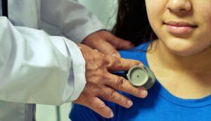 Tutte le prime visite pediatriche da fare al bambino
